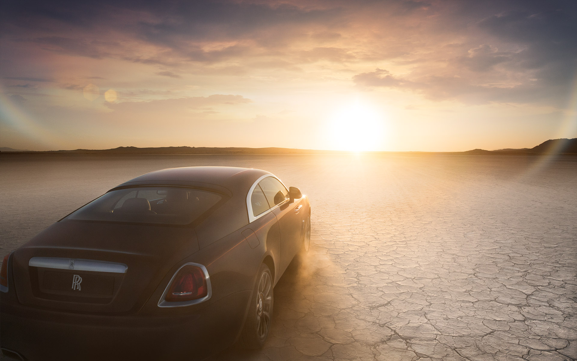 Rolls Royce Wraith • Daughter Creative: Stuart Jackson/Gareth Hopkins • Creative agency: Intro • Art Direction: Julian Gibbs • Photography: Randall Slavin